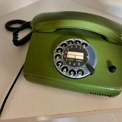 Telefon mit Wahlscheibe